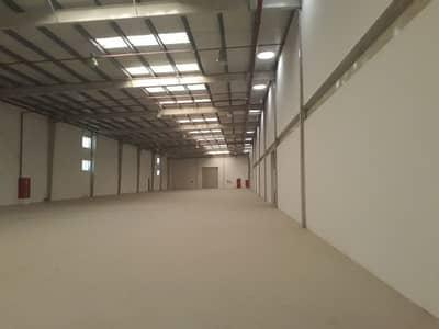 مستودع  للبيع في المنطقة الصناعية ، الشارقة - مستودع في المنطقة الصناعية 5 المنطقة الصناعية 24000000 درهم - 3425218