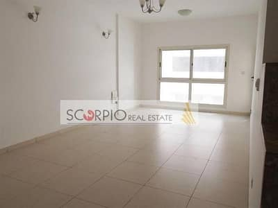 Spacious 2 BR En Suite Apartment with Balcony in Mankhool Bur Dubai only 85 K / 3 cheqs !!!