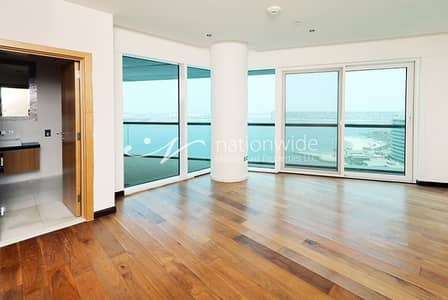5 Bedroom Penthouse for Rent in Al Raha Beach, Abu Dhabi - Vacant and Huge 5BR Penthouse w/ Sea View