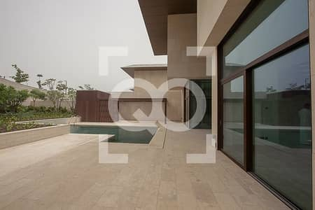 4 Bedroom Villa for Sale in Jumeirah, Dubai - Branded 4 Bedroom Mansion in the Heart of Jumeirah