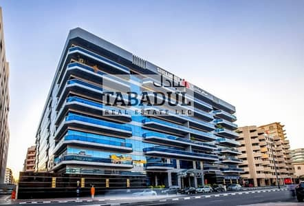 State-of-art 4BR + Maid + Laundry available for rent in Bur Dubai