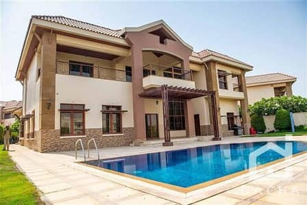 5 Bedroom Villa for Rent in Jumeirah Islands, Dubai - Stunning Luxury 5 Bed Mansion - Available Now