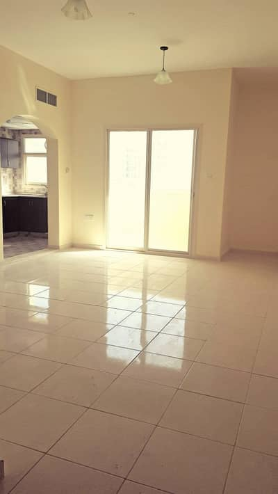 Studio for Rent in Al Nuaimiya, Ajman - BRAND NEW SPACIOUS STUDIO WITH SEPARATE KITCHEN AND BALCONY FOR RENT IN NUAIMIA!JUST AED 18,000/YEAR