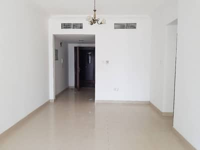 1bhk 1000 sq-ft with wardrobes,balcony,facilities in al taawun area rent 38k in 4/6 cheqs