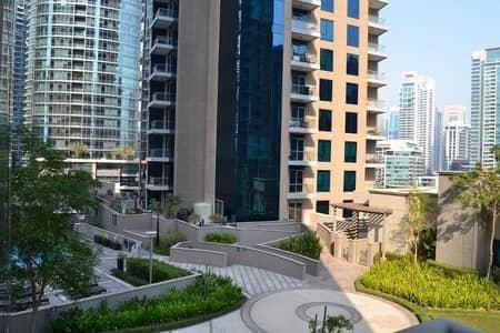 2 Bedroom Apartment for Rent in Dubai Marina, Dubai - Dubai Marina Promenade 2 BR for Rent with lovely Pool View