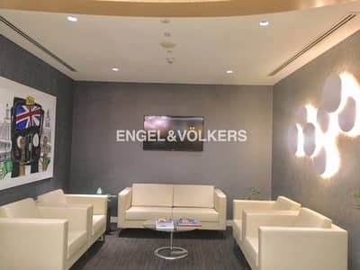 Office for Sale in DIFC, Dubai - Luxurious Floor   Top Finishing   Ready to use