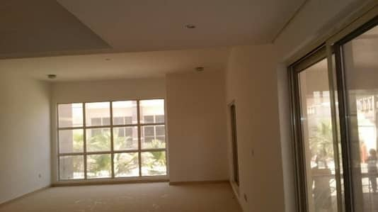 offer offer !!! European compound 1 bedroom with privet garden flat for rent in Khalifa city a month