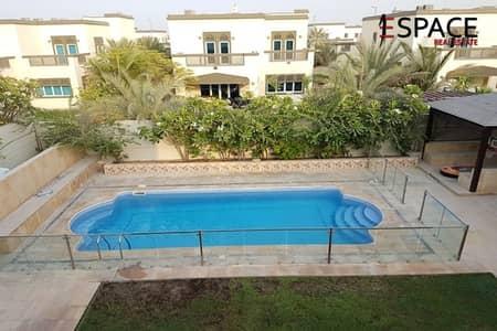 4 Bedroom Villa for Rent in Jumeirah Park, Dubai - Immaculate Garden - Vacant Mid-November