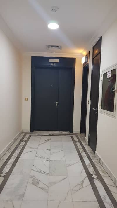 4 Bedroom Flat for Rent in Liwa Street, Abu Dhabi - 4 bhk with furnish and sea view