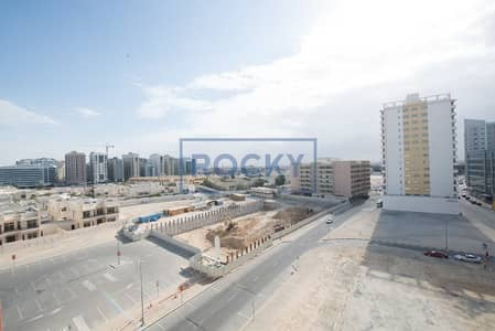 New building with pool & gym | 3 BR | Barsha