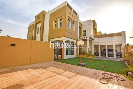5 Bedroom Villa for Sale in Mudon, Dubai - Large 5 Bed | Opposite Pool | Single Row