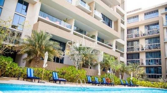 2 Bedroom Villa for Sale in Al Raha Beach, Abu Dhabi - Spacious 2Bedroom w/ Terrace in Al Zeina Al Raha Beach