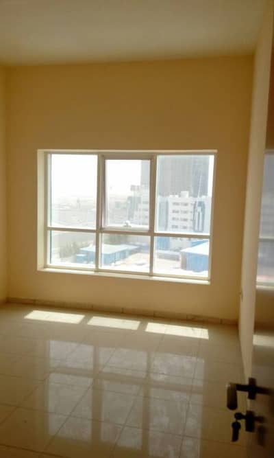 waw deal!! good sized studio with separate kitchen for rent in nuaimiya area for just aed 17000/year