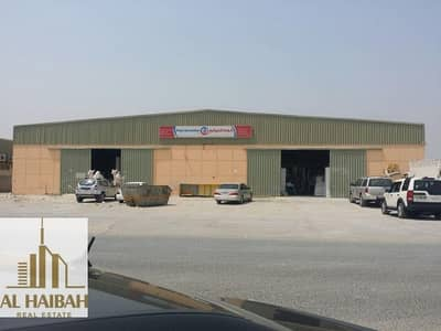 معرض تجاري  للبيع في الجرف، عجمان - For sale in Al - Jaraf Industrial Area Stores special location