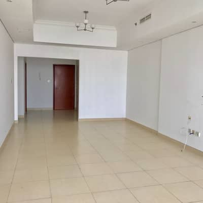 3 Bedroom Apartment for Rent in Al Mamzar, Sharjah - open view 3Bhk with Maid Room in al Mamzar just 50k free car Parking free Facilities