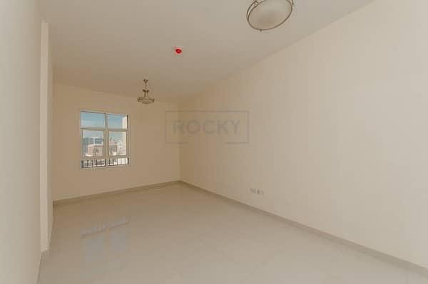 1 Bed | Pool & Gym | Bur Dubai