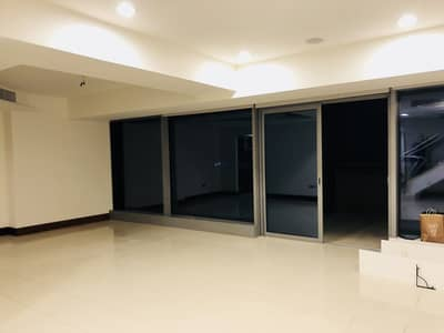 4 Bedroom Flat for Rent in World Trade Centre, Dubai - Reduced Rent Furnished Luxuary 4Br Duplex Apartment for Rent  in Jumeirah Living