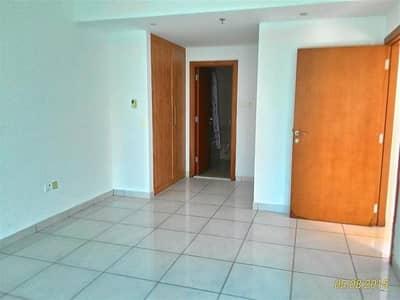 1 Bedroom Apartment for Rent in Dubai Marina, Dubai - NICE 1 BHK APARTMENT IN MARINA VIEW TOWER ( A )