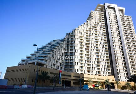 3 Bedroom Flat for Sale in Al Reem Island, Abu Dhabi - Luxurious 3BR Apt. w/ balcony in Mangrove Place