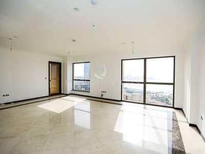 Spacious and upgraded 3 bed w/ sea views