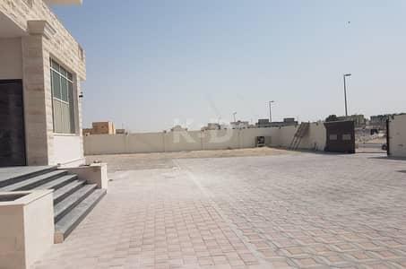 9 Bedroom Villa for Sale in Shakhbout City (Khalifa City B), Abu Dhabi - 9 BR Villa for Sale in Shakhboot City