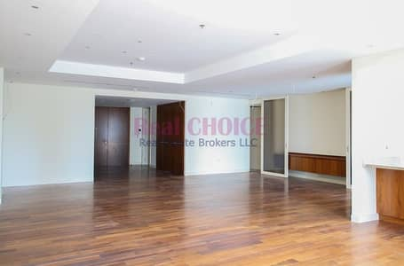 Spacious 3BR Apartment Plus Maids Room