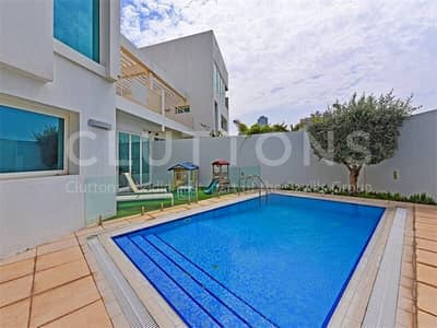 4 Bedroom Villa for Sale in Al Sufouh, Dubai - Exclusive with Cluttons -  Stunning TH with Private pool