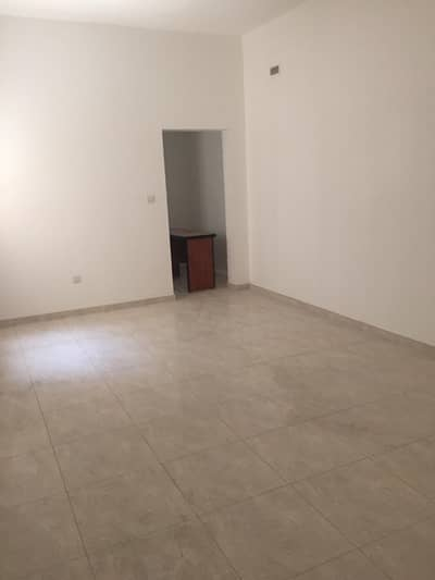 Labour Camp for Rent in Industrial Area, Sharjah - 05,10,20,40,50 upto 80 fully furnished rooms available for rent in Sharjah in brand new property