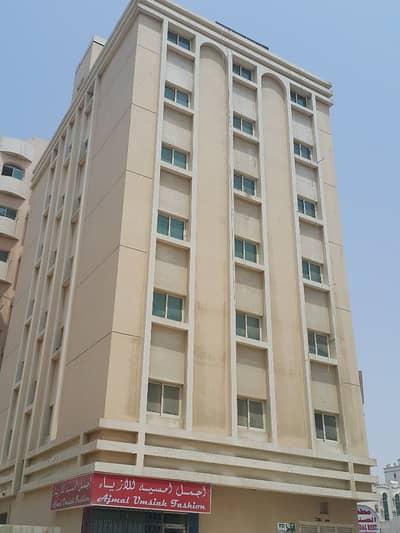 1 Bedroom Flat for Rent in Al Nabba, Sharjah - 1 B/R Hall Flat in Al Nabbah Area Behind Mubarak Center