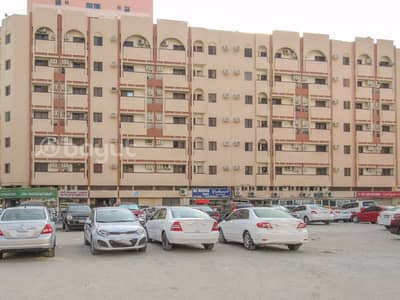 1 Bedroom Apartment for Rent in Bu Daniq, Sharjah - Spacious 1 B/R Hall Flat With Balcony behind Mega Mall