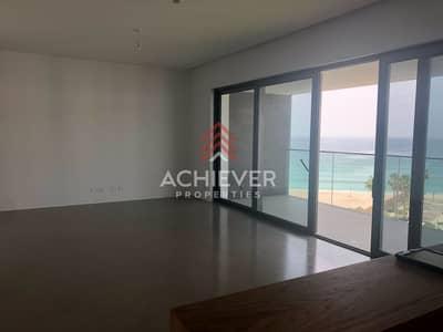 شقة 3 غرفة نوم للبيع في لؤلؤة جميرا، دبي - Own this Stunning Apt  Beachfront Facing