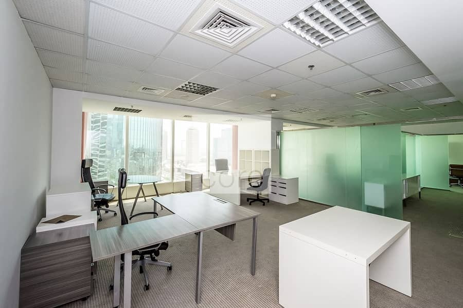 2 High floor fitted office vacant in Nassima