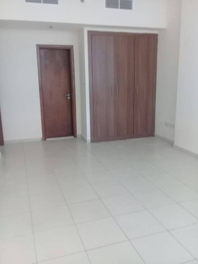 !!!! WINTERS OFFER!!! One bedroom hall for Sale in Ajman One Towers CLOSE KITCHEN