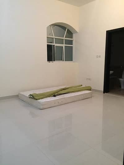 3 Bedroom Villa for Rent in Mohammed Bin Zayed City, Abu Dhabi - LAVISH 3BHK PENTHOUSE WITH TAWTHEEQ IN VILLA AT MBZ 75K