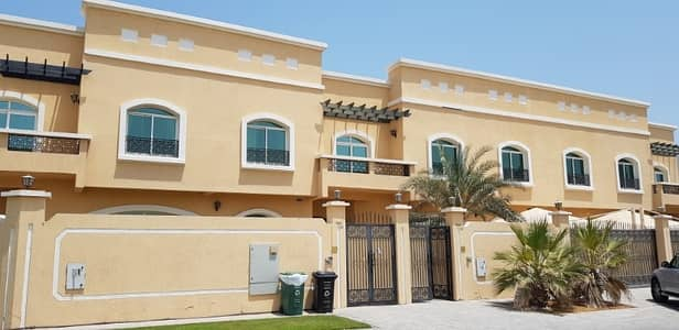 6 Bedroom Villa for Rent in Umm Suqeim, Dubai - 6 BEDROOM DOUBLE STOREY   INDEPENDENT  VILLA FOR RENT IN UM SEQUIM
