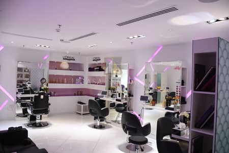 Shop for Rent in Jumeirah Beach Residence (JBR), Dubai - New Renovated Fited Running Ladies Salon