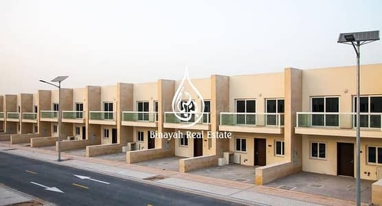 3 Bedroom Villa for Sale in International City, Dubai - Spacious 3 BR TH |Amazing Views | Vacant