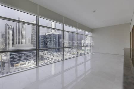 High Floor Studio with Burj Khalifa View