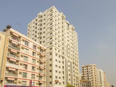 2 Bedroom Apartment for Rent in Rolla Area, Sharjah - 2 B/R Hall Flat With Split Ducted A/c In Rolla Area