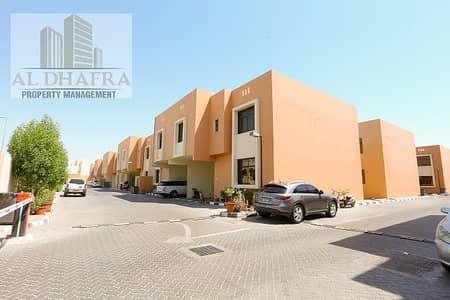 4 Bedroom Villa for Rent in Al Qurm, Abu Dhabi - Stunning 4 Bedrooms in MBK Al Qurm Compound near Khalifa Park