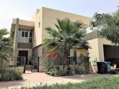 #Corner and ModernStyle 5R Villa with Maid + Study + Guest for rent with FREE:Maintenance+PestControl+DeepCleaning