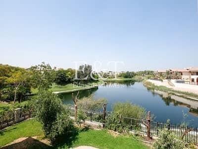 5 Bedroom Villa for Rent in Jumeirah Islands, Dubai - Outstanding Lake view|5 BR+Maids+Garden