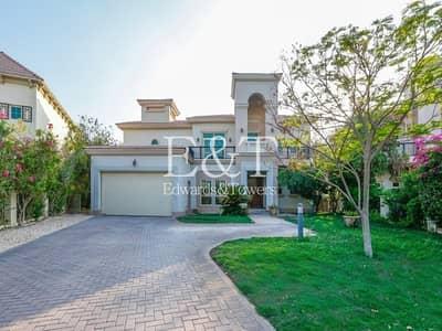 4 Bedroom Villa for Rent in Jumeirah Islands, Dubai - Best Location|4BR Entertainment Foyer
