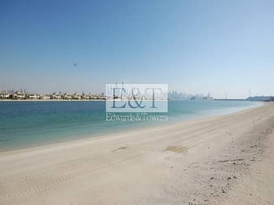 Plot for Sale in Palm Jumeirah, Dubai - EXCLUSIVE|Signature Plot Facing Marina