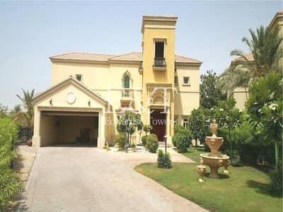4 Bedroom Villa for Rent in Jumeirah Islands, Dubai - Stylish 4 BR villa+Maids+Private Pool