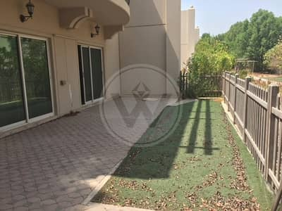 4 Bedroom Villa for Rent in Abu Dhabi Gate City (Officers City), Abu Dhabi - Fabulous Offe!r - Water side Compound