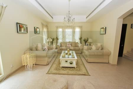 4 Bedroom Villa for Sale in Arabian Ranches, Dubai - Immaculate 4 Bed | Single Row | Stunning