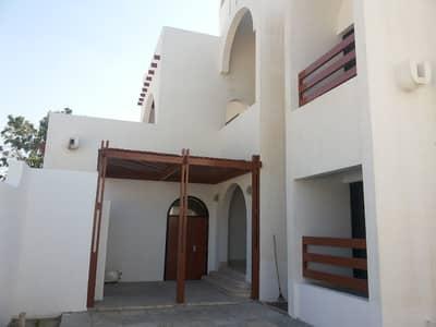 Large plot size beautiful 5 bedroom villa with huge garden in Al Fisht Sharjah.