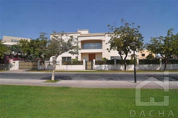 2 Purchase new villa for below market price!