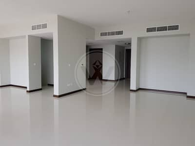 7 Bedroom Villa for Rent in Khalifa City A, Abu Dhabi - Villa with a Lift from garage to master!